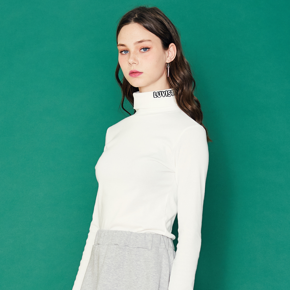 SD LOGO TURTLENECK(WHITE)