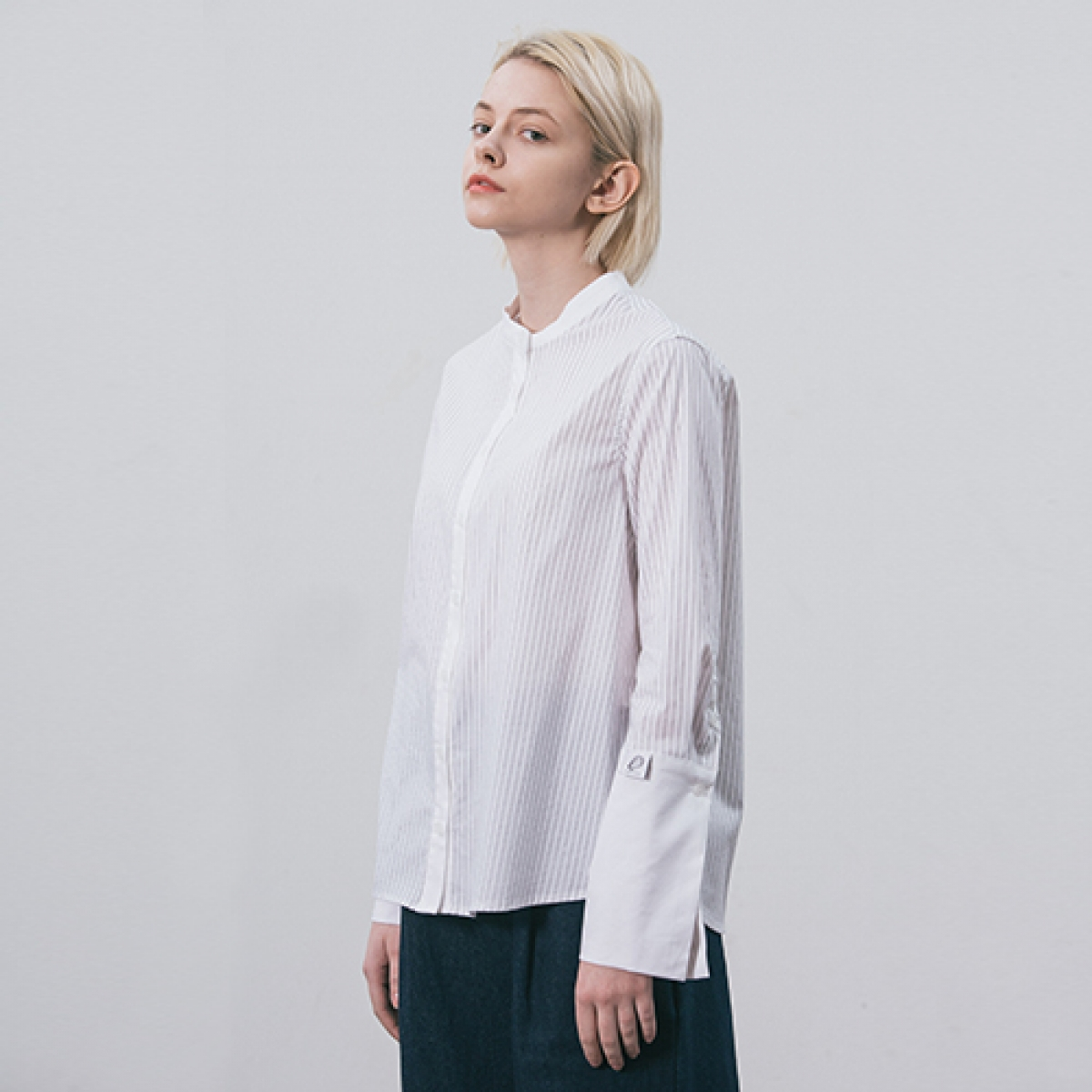 LI COLLARLESS SHIRT_BK