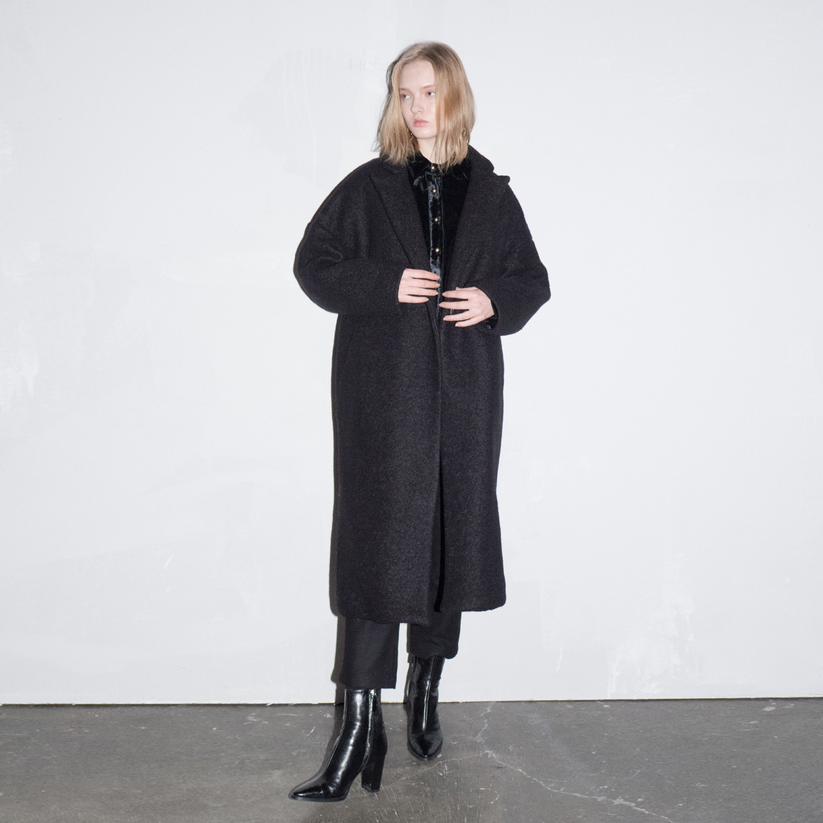 LD LONG OVER COAT_BK
