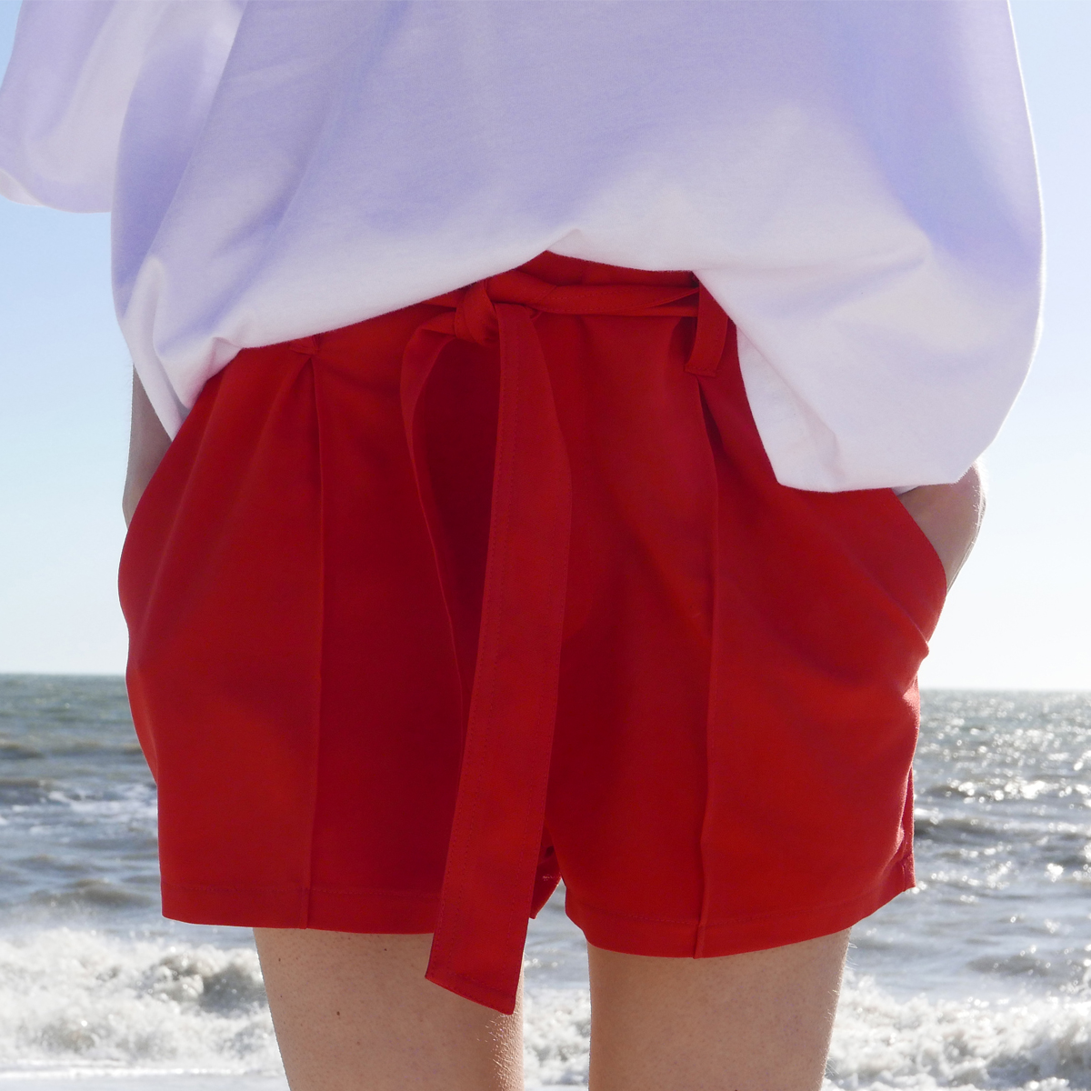 LB BELTED SHORTS(RED)