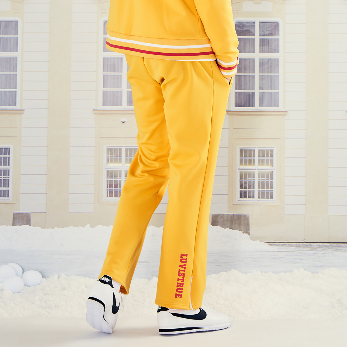 (UNISEX)LO TRACK PANTS(YELLOW)